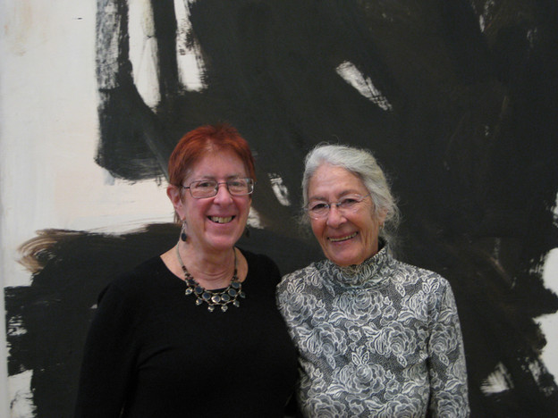 Rachel Blau DuPlessis and Lind Oppen on October 25, 2011, in front of a Robert M