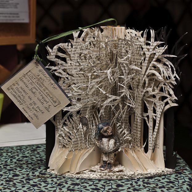 livro-arte-floresta-menina