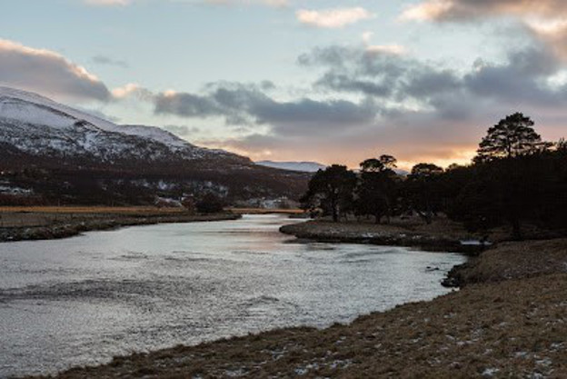 River Dee: photograph by Hannah Devereux, 2016 (from 'gathering')