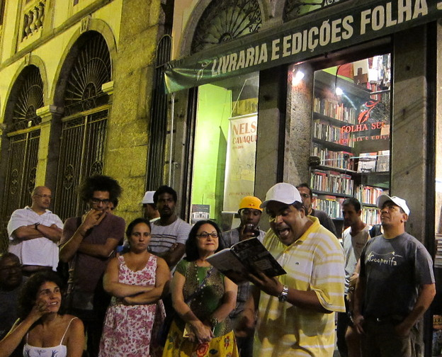 Rio book release party for Sérgio Vaz's _Literatura, Pão e Poesia_